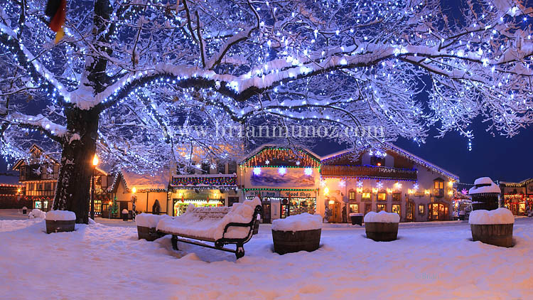 Leavenworth Washington Christmas.Leavenworth Washington Christmas Lighting Winter Snow Front